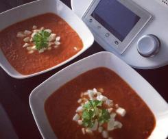 Dietetyczny krem pomidorowo-paprykowy z mozzarellą