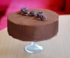 Tort czekoladowo-bezowy