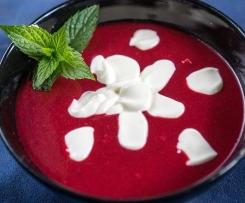 Zupa/chłodnik z wiśni