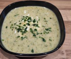 Krem brokułowy z serkiem topionym  ( ponad 2L zupy)