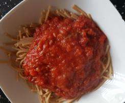Sos Marinara - wersja dietetyczna - przepis na jedną porcję (405 kcal z 70 g makaronu pełnoziarnistego)