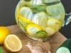 detoks z cytryną, ogórkiem i imbirem