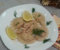 Świąteczne pierogi z łososiem