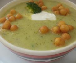 Zupa krem brokułowa z dodatkami