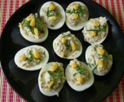 Wiosenne jajka faszerowane pieczarkami i cukinią