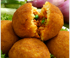 Arancini SICILIANI con ragu - ryżowe kulki z nadzieniem