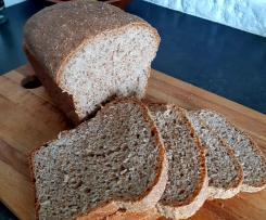 Chleb z białym serem