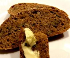 Chleb orkiszowy z dynia