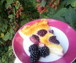 Słodka tarta: jeżyny w białej czekoladzie '