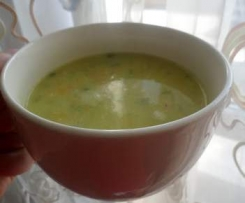 zupa z zielonego ogórka