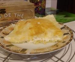 Szybki, niedrogi obiad - masa serowa zapiekana w cieście francuskim