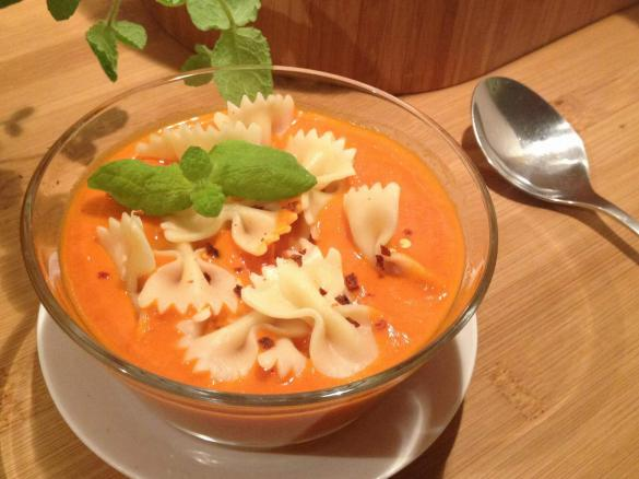 Zupa Krem Z Pomidorow I Papryki