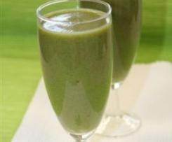 Wiosenny zielony koktajl