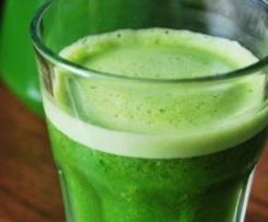 Sok z Zielonej pietruszki