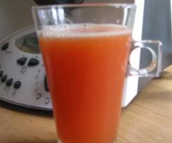Napój pomarańczowo-truskawkowy