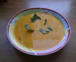 Zupa marchewkowa z mlekiem kokosowym