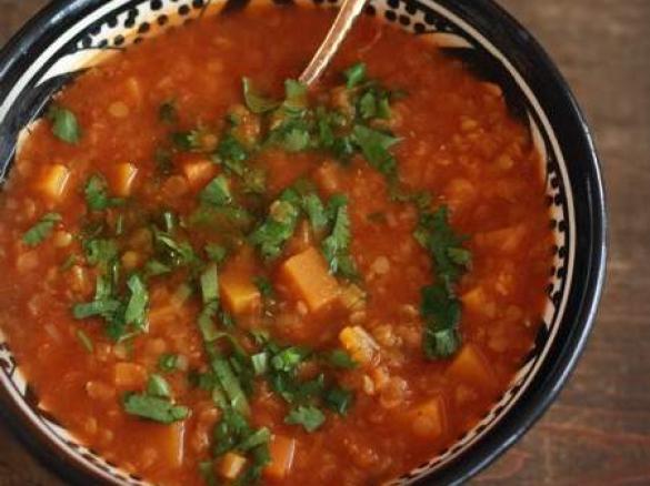 Zupa Z Czerwonej Soczewicy I Pomidorow