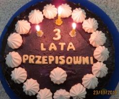 Tort z chałwą, bezami i czekoladą