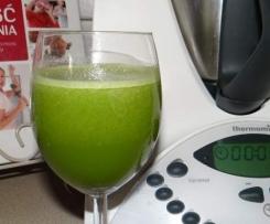 Zdrowy napój Shreka z pokrzywy