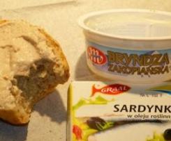 Pasta z bryndzą i sardynkami