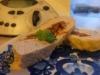 Drobiowy klops z oliwkami,  suszonymi pomidorami  i ziołami
