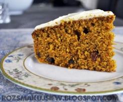 Pełnoziarniste ciasto marchewkowe