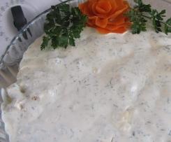 Świąteczna sałatka z brokuł i piersi