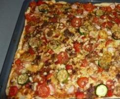 Pizza na cieńkim spodzie :-)