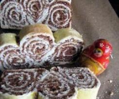 Potica - słoweńskie ciasto drożdżowe z nadzieniem orzechowym