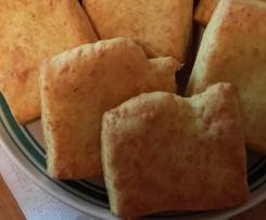 Błyskawiczne bułeczki serowe z curry